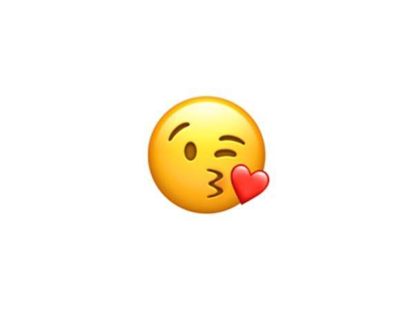 """""""Cười ra nước mắt"""" đứng đầu danh sách 10 emoji phổ biến nhất thế giới - Ảnh 9."""