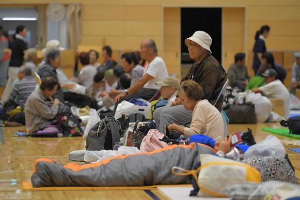 Người Nhật Bản, từ già đến trẻ không ai than khóc với thảm họa Hagibis, âm thầm vực dậy sau nỗi đau khiến ai cũng phải ngả mũ - Ảnh 5.