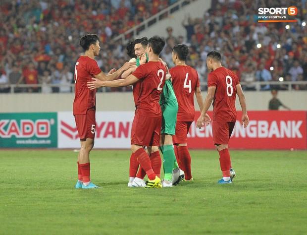 Indonesia áp đảo về thành tích đối đầu, người hâm mộ Việt Nam chờ phù thủy Park Hang-seo viết lại lịch sử - Ảnh 8.