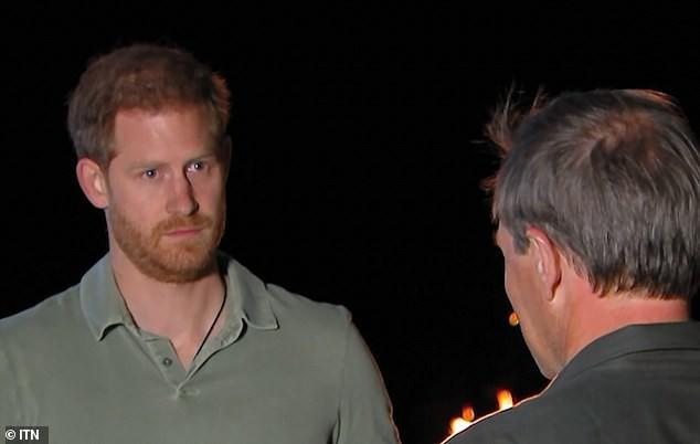 Cộng đồng mạng kêu gọi vợ chồng Meghan Markle từ bỏ địa vị hoàng gia sau bài phỏng vấn gây tranh cãi mới nhất của Hoàng tử Harry - Ảnh 1.