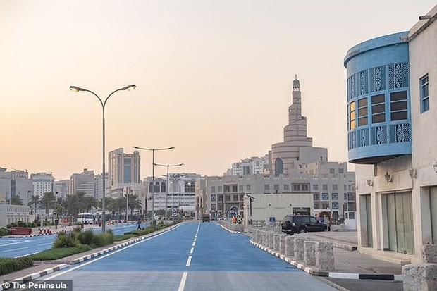Thành phố chơi lớn nhất thế giới: Bật cả điều hòa NGOÀI TRỜI để giúp người dân thấy mát mẻ hơn - Ảnh 3.