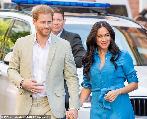 Hoàng tử Harry thông báo khởi kiện báo Anh vì bắt nạt Meghan Markle, phản ứng của cộng đồng mạng mới thật bất ngờ - Ảnh 1.