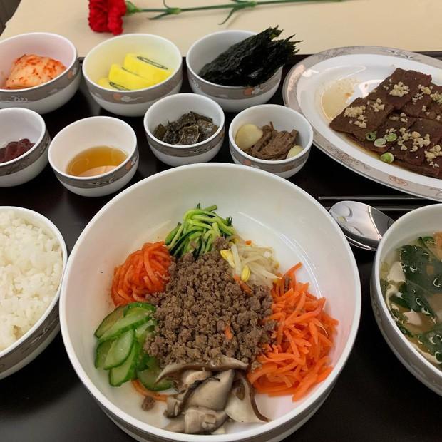 Suất ăn hạng nhất của 15 hãng hàng không này sẽ làm thay đổi quan niệm của bạn về chuyện ăn uống trên máy bay - Ảnh 15.