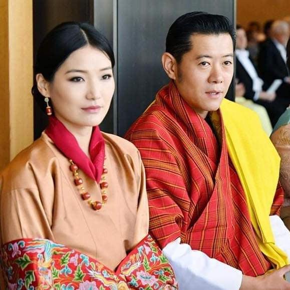 Cộng đồng mạng phát sốt với vẻ đẹp thoát tục không góc chết của Hoàng hậu Bhutan ở Nhật Bản khi tham dự lễ đăng quang  - Ảnh 3.