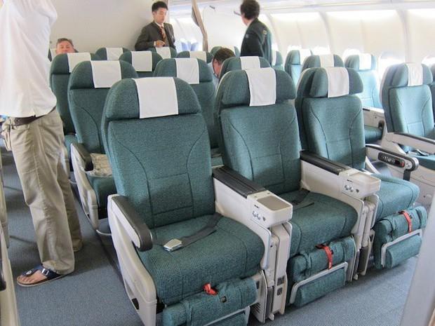 Sự thật về 4 hạng ghế phổ biến trên máy bay: Hạng thương gia (Business Class) không phải là cao cấp nhất như nhiều người nghĩ - Ảnh 7.