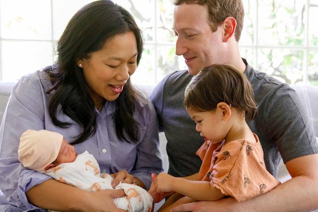 Để kiểu tóc 'bát úp quý tộc' đi điều trần trước Quốc hội Mỹ, Mark Zuckerberg bị một nữ Nghị sỹ 'cà khịa' ngay tại trận và bị 'troll' bất tận trên Twitter - Ảnh 7.
