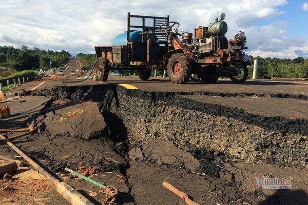 Đường tránh 250 tỷ đồng sụt lún, nứt toác như động đất ở Gia Lai - Ảnh 10.