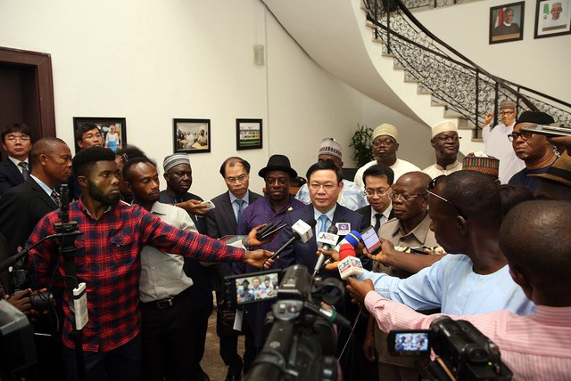 Phó Thủ tướng Vương Đình Huệ: Việt Nam mong muốn giao lưu văn hoá, thể thao với Nigeria  - Ảnh 5.