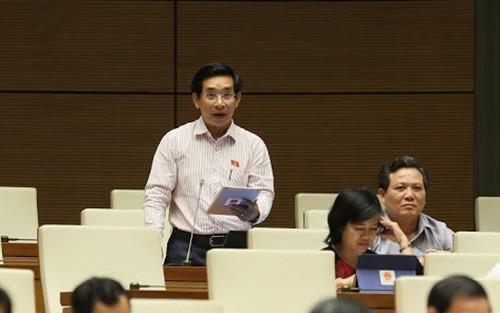 Đại biểu Quốc hội đề xuất đổi giờ học, giờ làm muộn hơn - Ảnh 1.