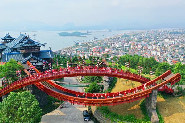 Giải bài toán khó để du lịch Việt Nam hóa Rồng - Ảnh 2.