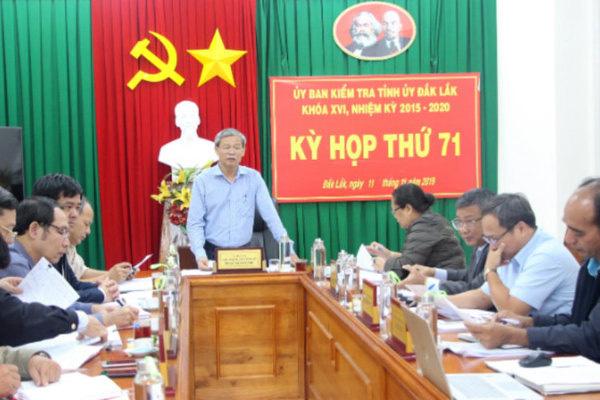 Đắk Lắk họp bất thường, nhắc tên 3 chánh văn phòng vụ bà Ái Sa - Ảnh 2.