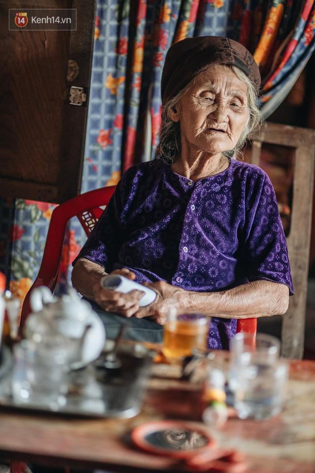 Cuộc sống lạc quan, tự tại của cụ bà đạp xe lên ủy ban xã xin ra khỏi hộ nghèo: 11 đứa con mà tui chưa phải phiền đến đứa mô - Ảnh 16.