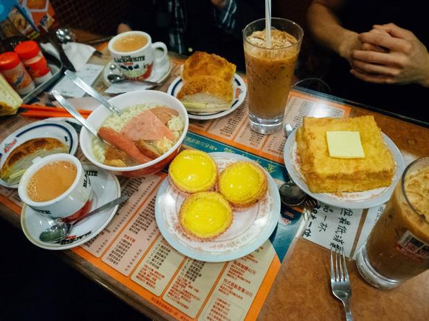 Có thể bạn chưa biết: Ngồi ăn với người xa lạ hay văn hóa ghép bàn là chuyện rất đỗi bình thường ở Hồng Kông - Ảnh 6.