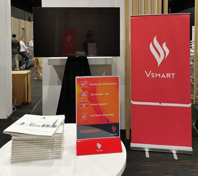 TV thông minh 55 inch của Vsmart lộ ảnh thực tế: chạy Android TV, điều khiển bằng giọng nói, không kém cạnh Samsung, LG hay Sony - Ảnh 1.