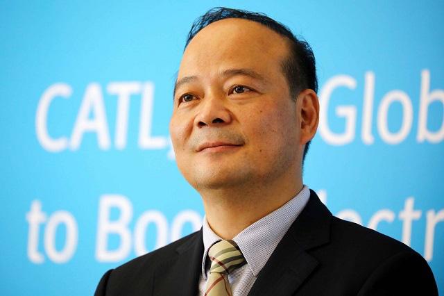 10 tỷ phú mới của Trung Quốc: Người giàu nhất nhờ đào tạo luyện thi công chức - Ảnh 1.