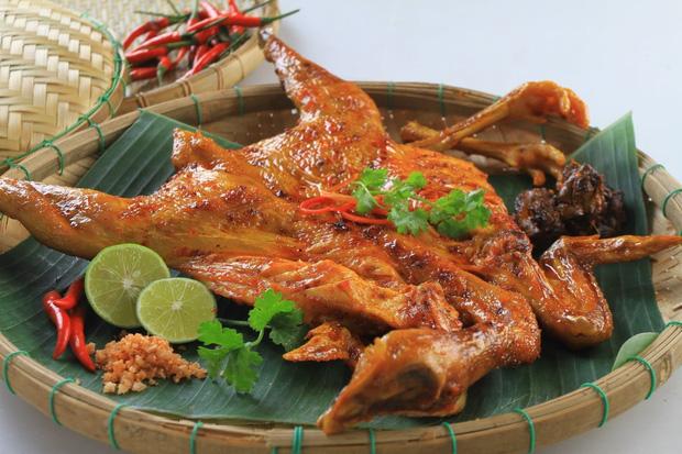 Thịt gà đại bổ nhưng những người mắc dù 1 trong 6 bệnh này cũng nên tránh ăn nếu không muốn bệnh tình thêm nặng - Ảnh 3.