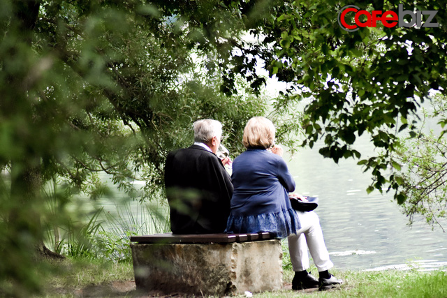 3 cách khoe của tinh tế của một người đàn ông: Chu đáo với vợ, ân cần với con, một lòng hiếu thảo với cha mẹ - Ảnh 3.
