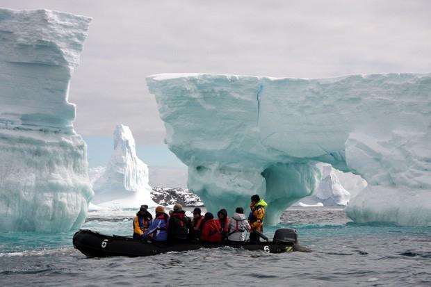 Nam Cực đang trở thành điểm du lịch hút khách mới trong tương lai, nghe thì vui nhưng đó lại là 1 dấu hiệu đáng buồn cho Trái Đất - Ảnh 15.