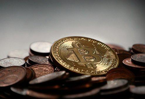 Màu đỏ ngập tràn, tương lai ảm đạm chờ Bitcoin? - Ảnh 1.