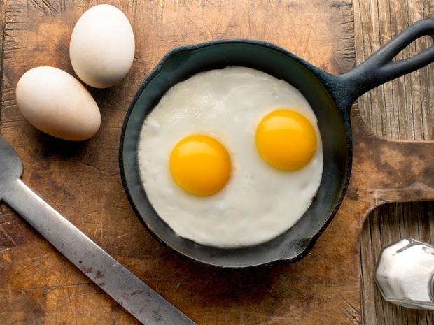 Trứng luộc, trứng chiên, trứng hấp và trứng sống: 2 trong số những cách ăn trứng quen thuộc này dễ ảnh hưởng tiêu cực đến sức khỏe - Ảnh 3.