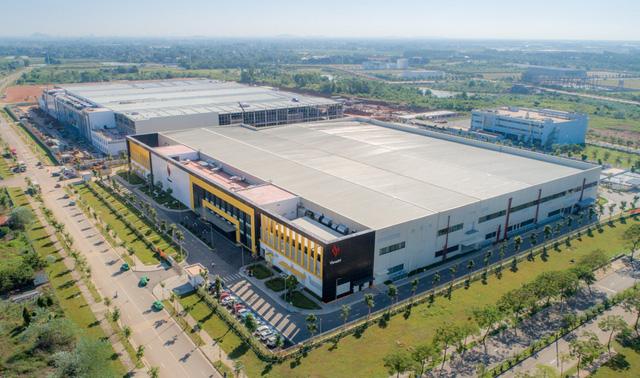 Khám phá tổ hợp nhà máy Vsmart mới tại Hòa Lạc được kỳ vọng đưa Vingroup thành cái tên đáng gớm trong ngành sản xuất smartphone - Ảnh 2.