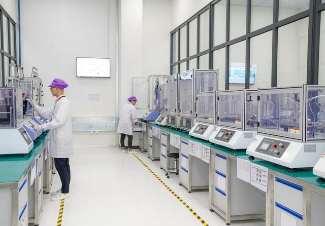 Khám phá tổ hợp nhà máy Vsmart mới tại Hòa Lạc được kỳ vọng đưa Vingroup thành cái tên đáng gớm trong ngành sản xuất smartphone - Ảnh 7.