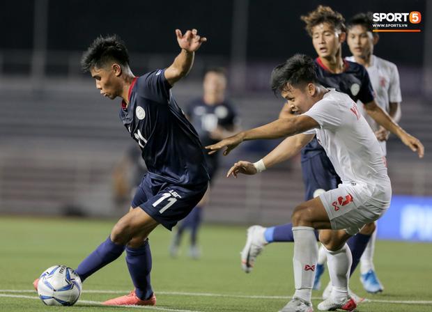 Tin chắc sẽ vượt qua vòng bảng, HLV Park Hang-seo cử trợ lý U22 Việt Nam thăm dò đối thủ ở bán kết SEA Games 2019 - Ảnh 10.