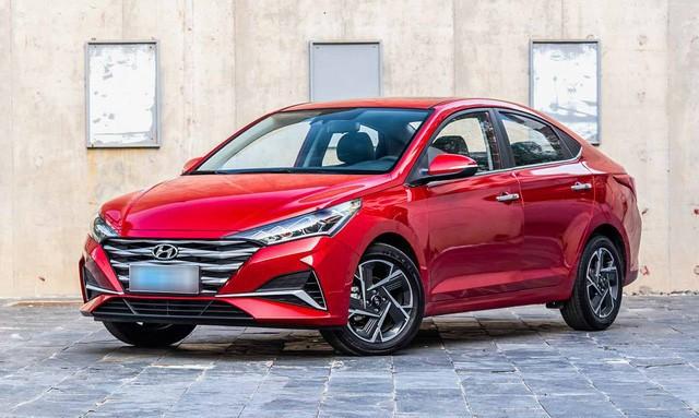 Ảnh thực tế đối thủ trực tiếp của Toyota Vios vừa ra mắt: Kiểu dáng phá cách, nhiều công nghệ, giá rẻ - Ảnh 2.