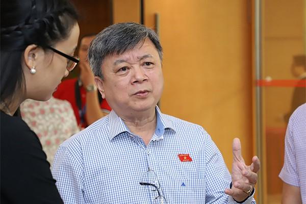 Bộ trưởng Trần Hồng Hà: Ông nào không nên ngồi thì nhường người khác vào - Ảnh 3.