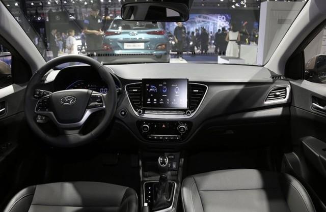 Ảnh thực tế đối thủ trực tiếp của Toyota Vios vừa ra mắt: Kiểu dáng phá cách, nhiều công nghệ, giá rẻ - Ảnh 9.
