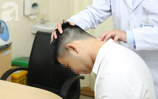 Bác sĩ tiết lộ sự thật ngỡ ngàng: Ngồi đúng tư thế cũng có nguy cơ mắc căn bệnh gây yếu liệt người - Ảnh 1.
