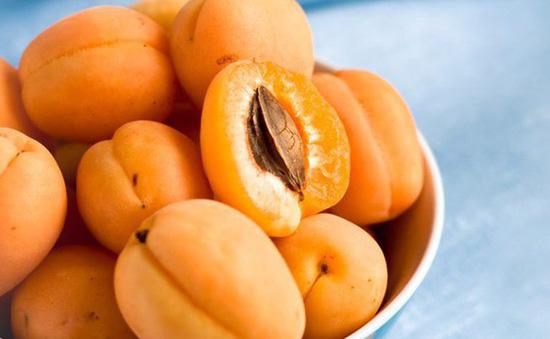 """Loại quả màu vàng nhiều người chê """"chua loét"""" hóa ra dùng để trị ho hay viêm họng, đau răng lại cực nhanh và tiện - Ảnh 2."""