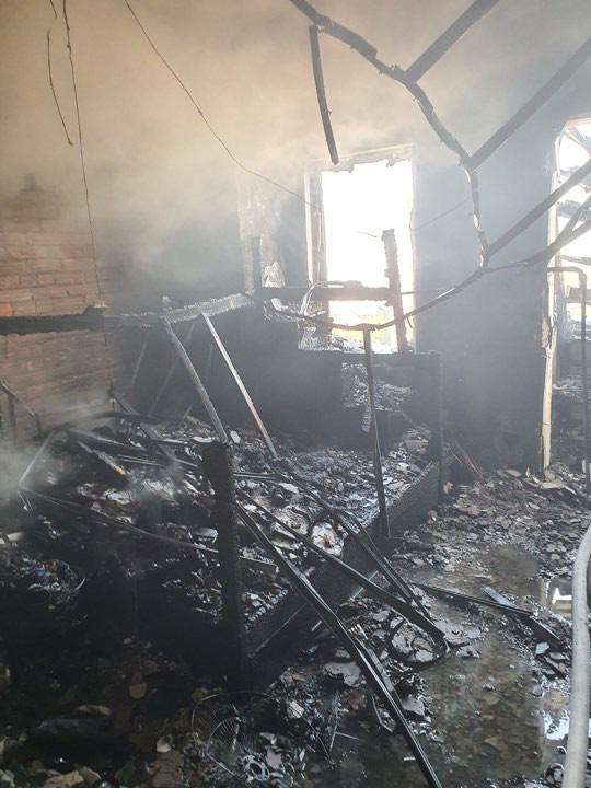 Cháy lớn tại căn hộ chung cư cao tầng ở Hà Nội - Ảnh 1.