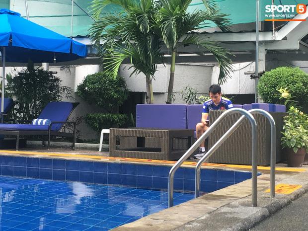 Ý chí ngùn ngụt của U22 Việt Nam trước trận chung kết SEA Games lịch sử: Hùng Dũng miệt mài rèn thể lực một mình trong phòng gym - Ảnh 2.