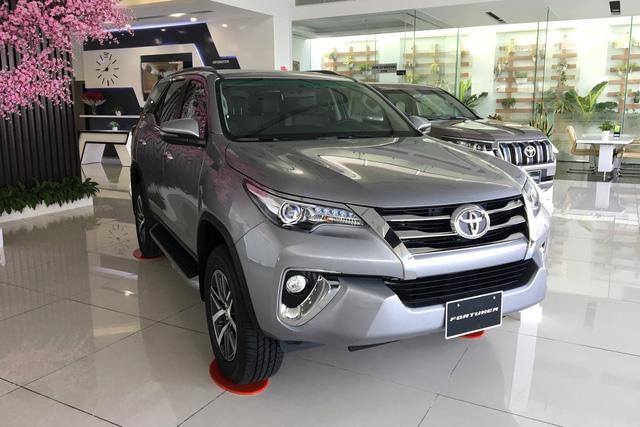 Cuộc đua giảm giá xe bằng chiêu thức mới trên thị trường ô tô Việt - Ảnh 2.
