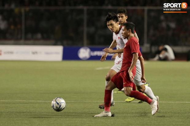 Cay cú vì cầu thủ con cưng bị chấn thương, fan Indonesia tràn vào trang của Đoàn Văn Hậu buông lời chỉ trích, sỉ nhục - Ảnh 1.