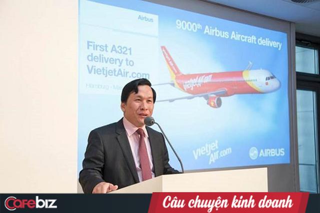 Màn đá xéo giữa 2 sếp hàng không: Vietnam Airlines tuyên bố một hãng hàng không lấy phi công của hãng khác không tạo ra gì mới cho xã hội, VietJet phản bác 8 năm hoạt động chúng tôi không một tấc đất cắm dùi - Ảnh 1.