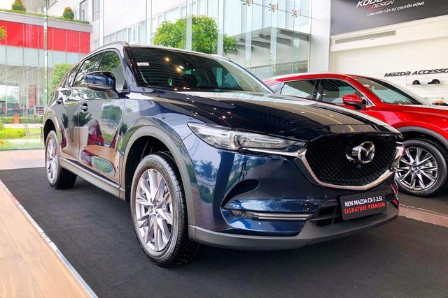 Loạt xe bị 'hạ bệ' khỏi top 10 bán chạy tại Việt Nam: Innova suýt bị Ertiga vượt mặt nhưng Honda CR-V gây bất ngờ hơn - Ảnh 4.
