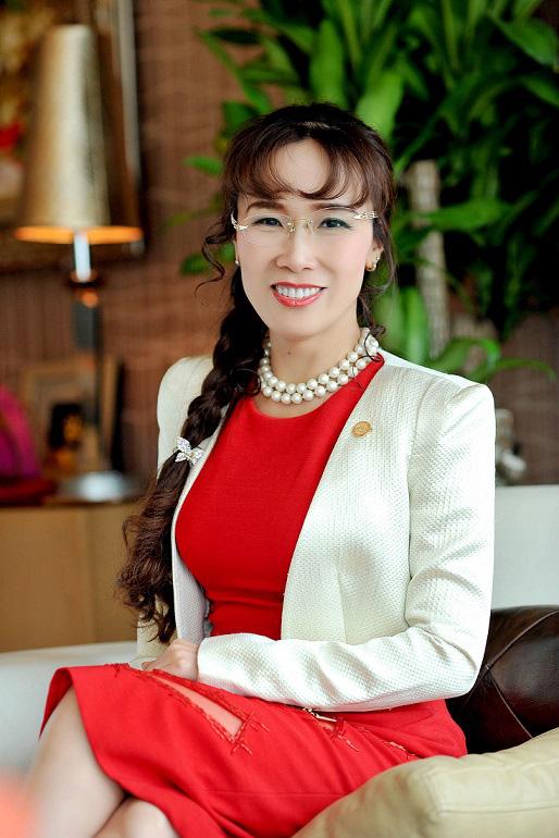 Đến hẹn lại lên, tạp chí danh giá Forbes gọi tên những người phụ nữ quyền lực nhất thế giới năm 2019: Đại diện Việt Nam tiếp tục gọi tên CEO Vietjet Air - Ảnh 3.