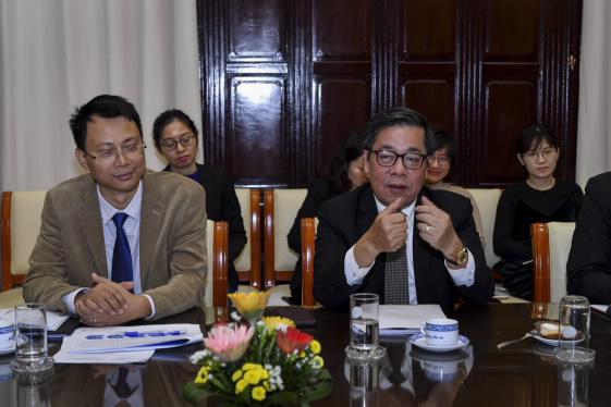 Phó Thống đốc: Việt Nam tiếp tục hoàn thiện hạ tầng thanh toán để phát triển ngân hàng số - Ảnh 1.