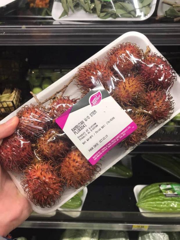 Review đồ ăn Việt ở nước ngoài: Hoa quả vừa đắt lại vừa hiếm, các món bún phở giá cao ngất ngưởng mà chất lượng thì hên xui - Ảnh 1.