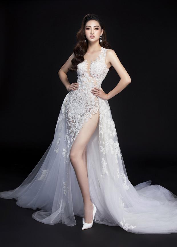 Lương Thùy Linh hé lộ trang phục dạ hội khoe đôi chân cực phẩm 1m22, sẵn sàng cho chung kết Miss World tối nay - Ảnh 8.