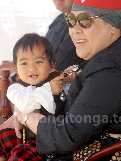 Chân dung tiểu hoàng tử Tonga, mới sinh ra nắm trong tay vận mệnh của một hoàng gia, càng lớn càng khiến người hâm mộ phát cuồng - Ảnh 3.