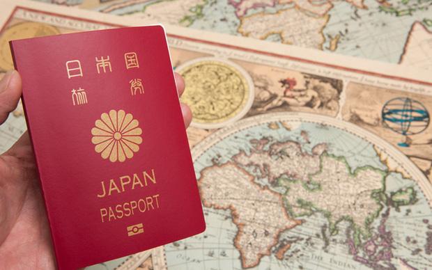 Lưu ý to đùng khi du lịch Nhật Bản nhưng du khách toàn quên: Đi đâu cũng phải mang hộ chiếu theo, nếu không sẽ bị phạt 42 triệu! - Ảnh 2.