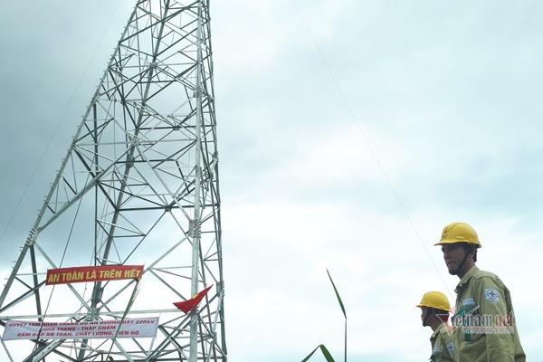 Làm đường dây điện 500kV tặng nhà nước, cái giá của 0 đồng - Ảnh 1.