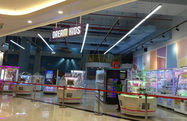 Thất vọng Aeon Mall Hà Đông, khai trương rồi hàng đóng cửa im lìm - Ảnh 3.