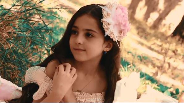 Loạt ảnh mới của cô bé quá xinh khiến bố phải nghỉ việc làm vệ sĩ, không hổ danh bé gái đẹp nhất thế giới - Ảnh 7.