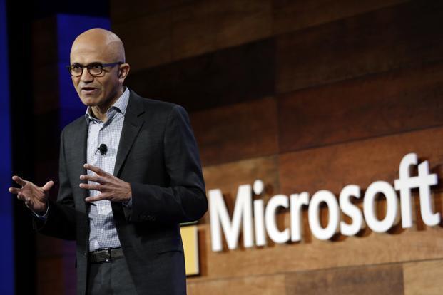 Thay vì cân bằng công việc-cuộc sống như cách mọi người vẫn làm, CEO Microsoft và CEO Amazon đều có chung một quan điểm riêng biệt này: Đúng là tư tưởng lớn gặp nhau! - Ảnh 1.