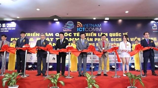 2019: Năm tăng trưởng mạnh của ngành viễn thông Việt Nam - Ảnh 1.