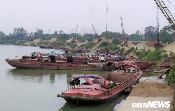 Kết quả phân tích mẫu nước sông Lam sau khi xuất hiện vệt dầu loang - Ảnh 3.